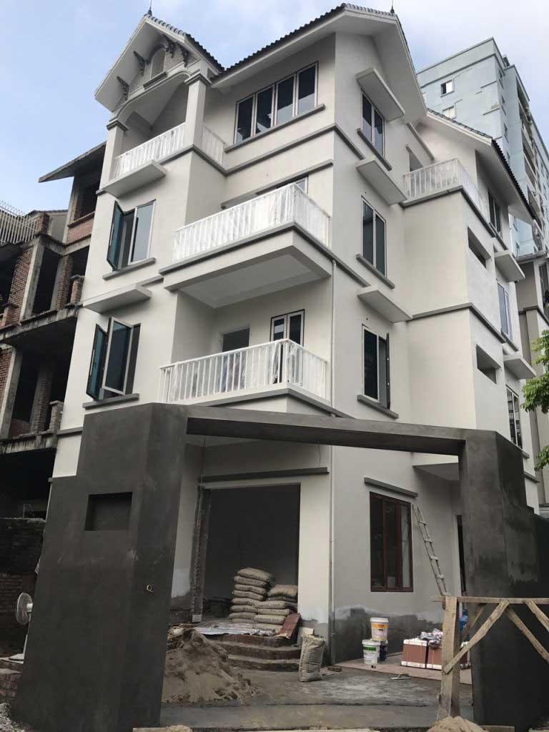 Nhà 4 tầng lắp đặt thang máy liên doanh